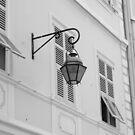 Solitary streetlamp by Lauren Banks