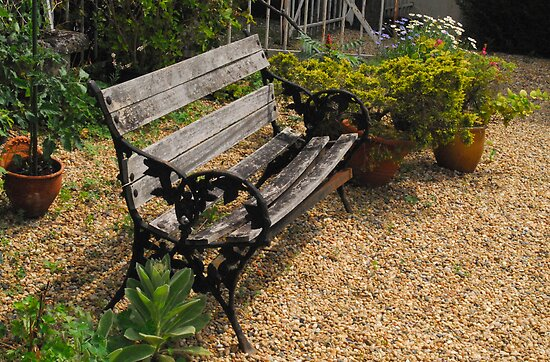 Bearnaise bench by triciamary