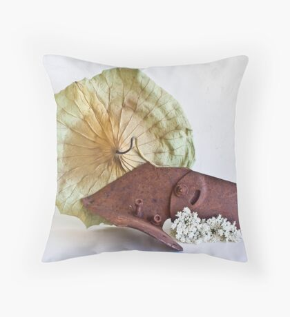 Ikebana-140 Throw Pillow