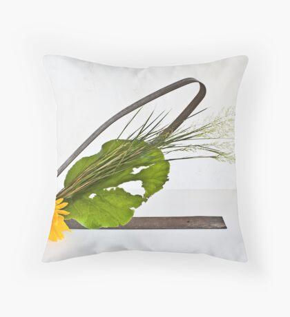 Ikebana-137 Throw Pillow