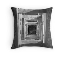 naive Throw Pillow