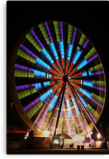 Ferris Wheel lights. by Steve Chapple