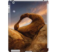 Mobius Arch in the Alabama Hills 2. iPad Case/Skin