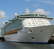 Independence of the Seas docked in Southampton by Jonathan Cox