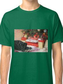 Waiting for Santa...... Classic T-Shirt