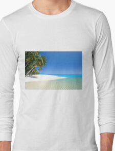Beautiful beach in the Maldives Long Sleeve T-Shirt