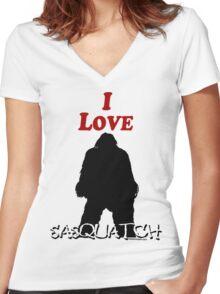 I Love Sasquatch Women's Fitted V-Neck T-Shirt