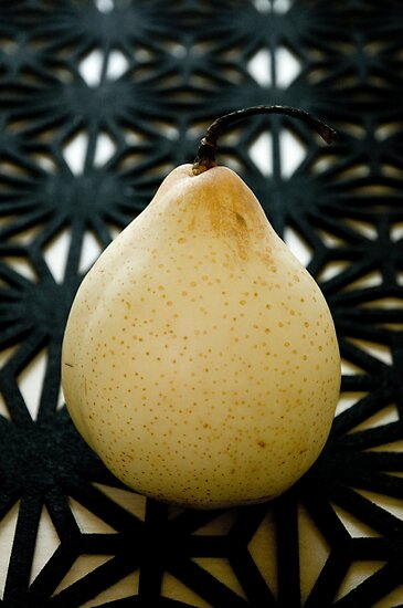 Pear by Ilva Beretta