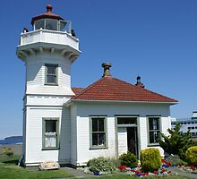 Mukilteo Lighthouse by Loisb