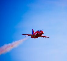 Red Arrow with trail by nayamina
