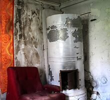 16.5.2015: Armchair and Falling Oven by Petri Volanen