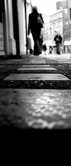 Hello, London by miametro