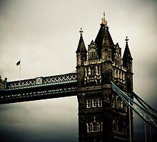 London Bridge by AriseShine