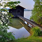 Water Barn (HDR) by Daidalos