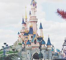 Disney Land  by dieuw