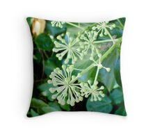 Not leaves, not flowers Throw Pillow
