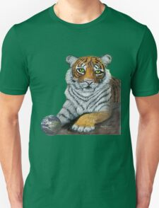 Hilary  Robinsons tigers paw  Unisex T-Shirt