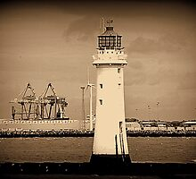 Perch Rock Lighthouse by Stan Owen