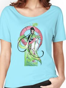 Geisha in Green with Koi and lotus Flowers Women's Relaxed Fit T-Shirt