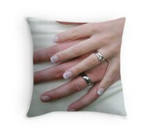 The hands of love Throw Pillow