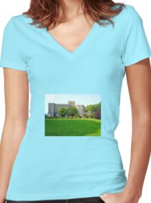 An Englishman's Home Women's Fitted V-Neck T-Shirt
