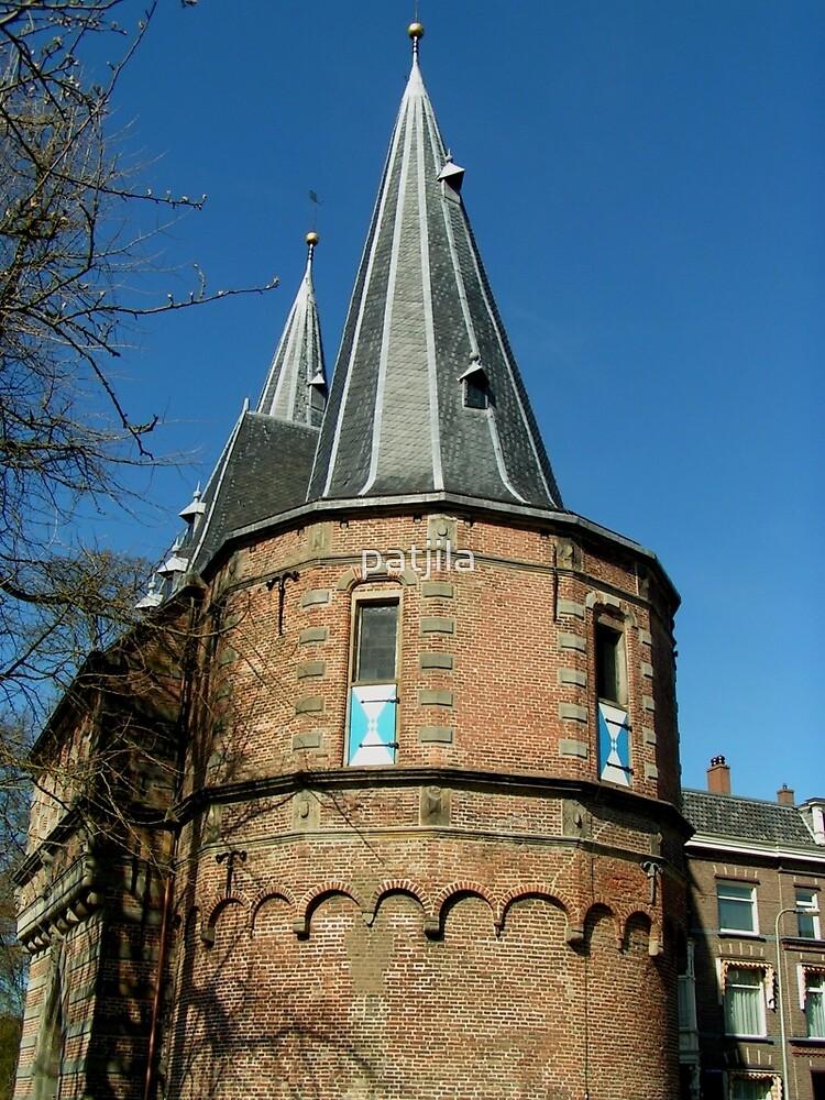 Medieval city gate Kampen by patjila
