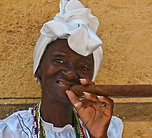 Cuban lady in Havana by Reynaldo Trombetta