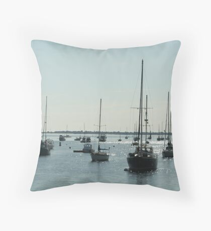 Diamond water boats Throw Pillow