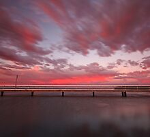 Swan Bay Sunrise  by RichardIsik
