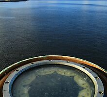 Southern Surveyor - Compass - Hobart by NickPhilippa