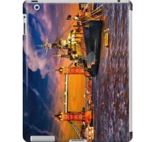 HMS Belfast and Tower Bridge  iPad Case/Skin