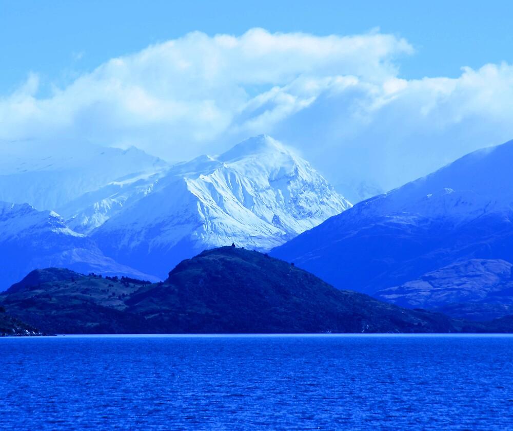 Lake Wanaka by cmrphotography