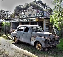 Holden FJ at Tailem Bend by ripphotos
