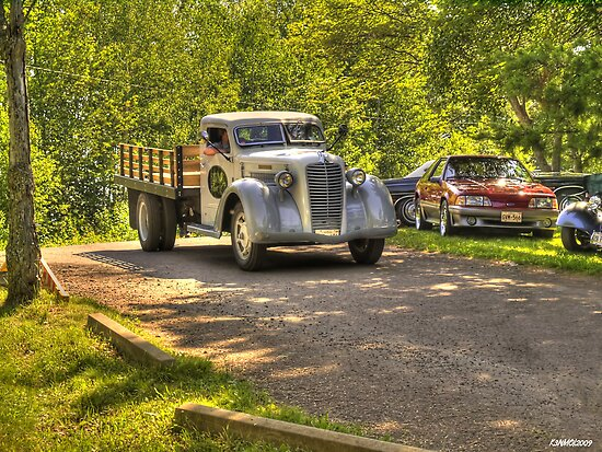 1938 Diamond T Flatbed Truck by kenmo