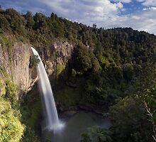 Bridal Veil Falls. by Michael Treloar
