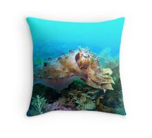 camoflauge cuttle fish Throw Pillow