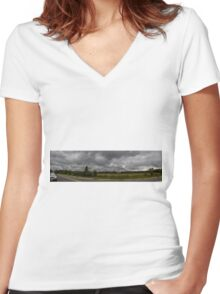 Formation Women's Fitted V-Neck T-Shirt