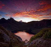 Fiery Cradle Mountain by Jason Pang, FAPS FADPA