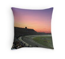 chicagoland speedway 2009 Throw Pillow