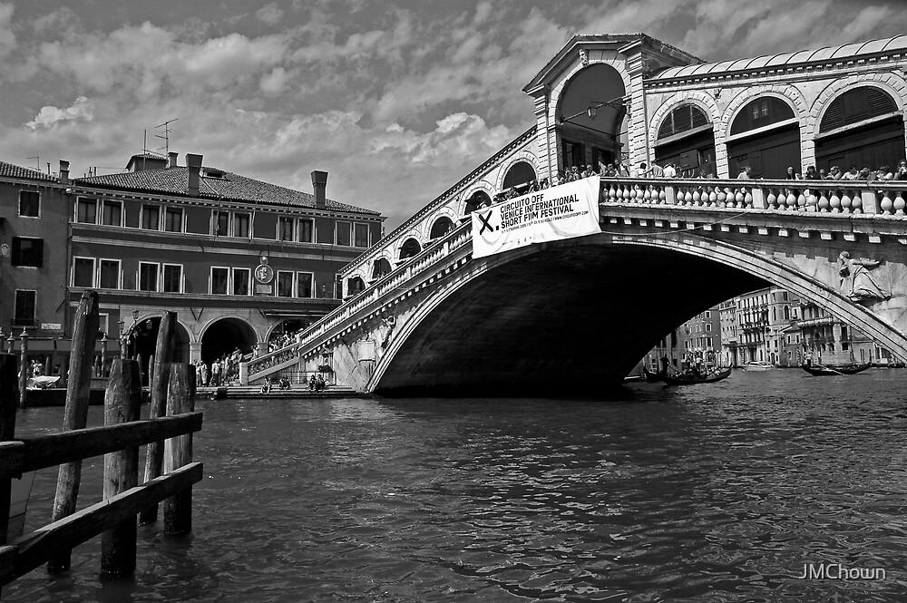 Rialto Bridge by JMChown