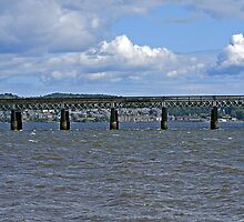Rail bridge  by Forfarlass