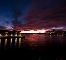 Sunset on Walsh Bay by mattcameron