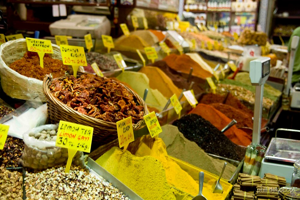 Mountains Of Spices by phil decocco