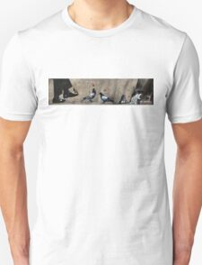 Cat, frog and pigeons Unisex T-Shirt