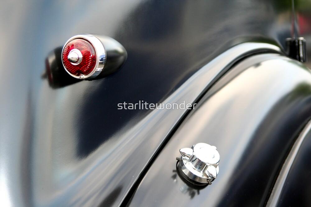Black Curves by starlitewonder