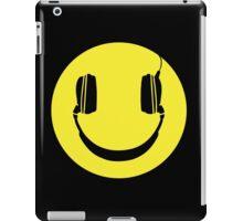 SMILEY FACE MUSIC LOVER HEADPHONES iPad Case/Skin