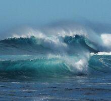Waves crashing by Hannah Fenton-Williams