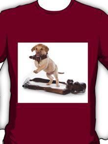 Brown retriever puppy jumping T-Shirt