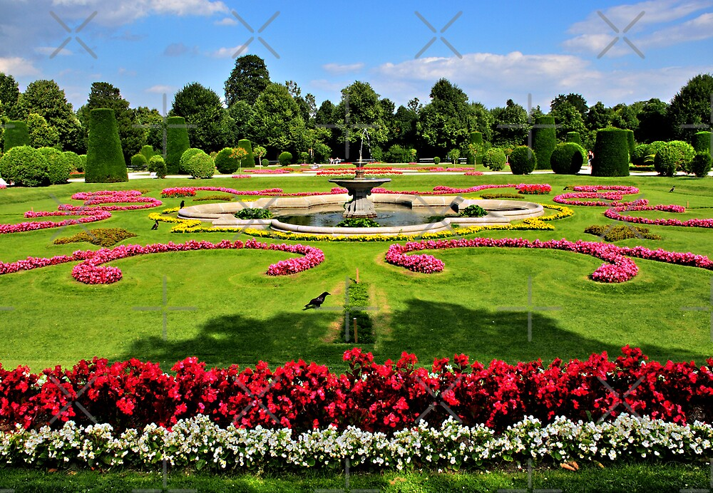 Garden at Schonbrunn Palace2 by MaluC