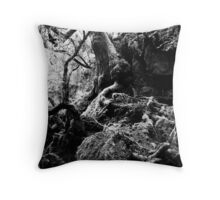 mystery moss tree Throw Pillow